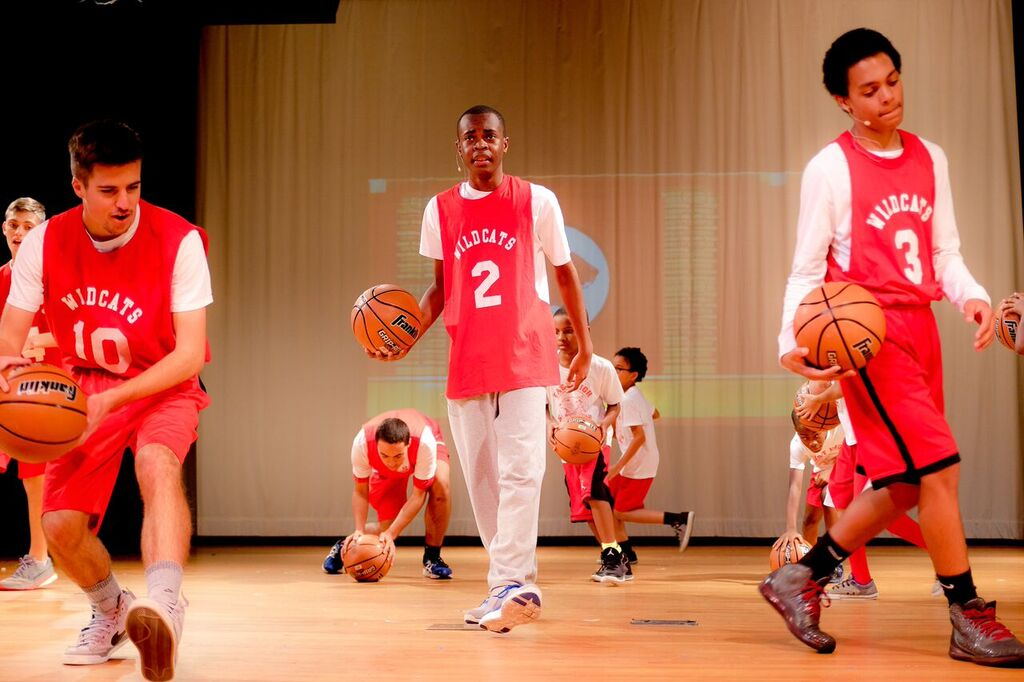 "Troy Bolton (Micah Stuart) tries to balance his love for basketball and desire to act in ""Getcha Head in the Game""."