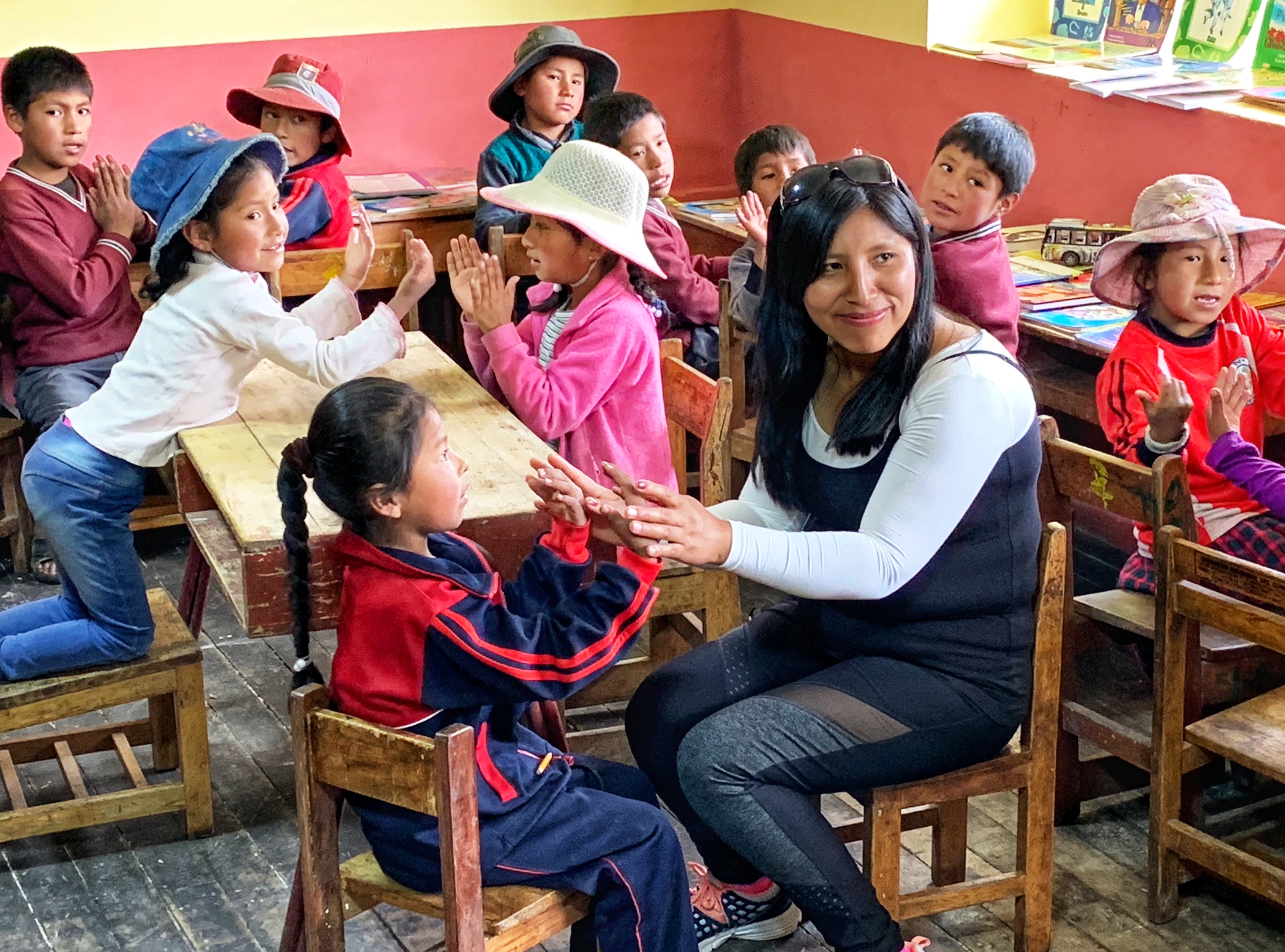 Nuevo Camino Moms Giving Back Cusco